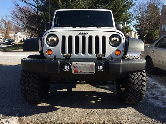 jeep with jw speaker LED headlights and fog lights